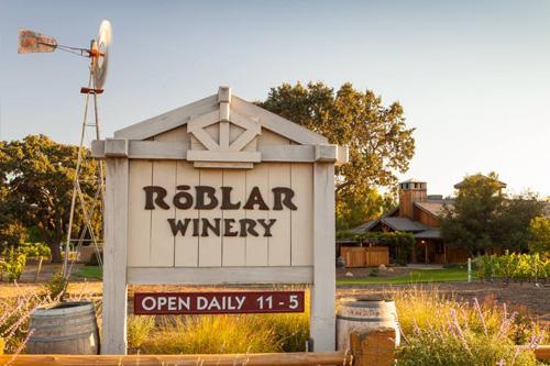 Roblar Wine Teasting